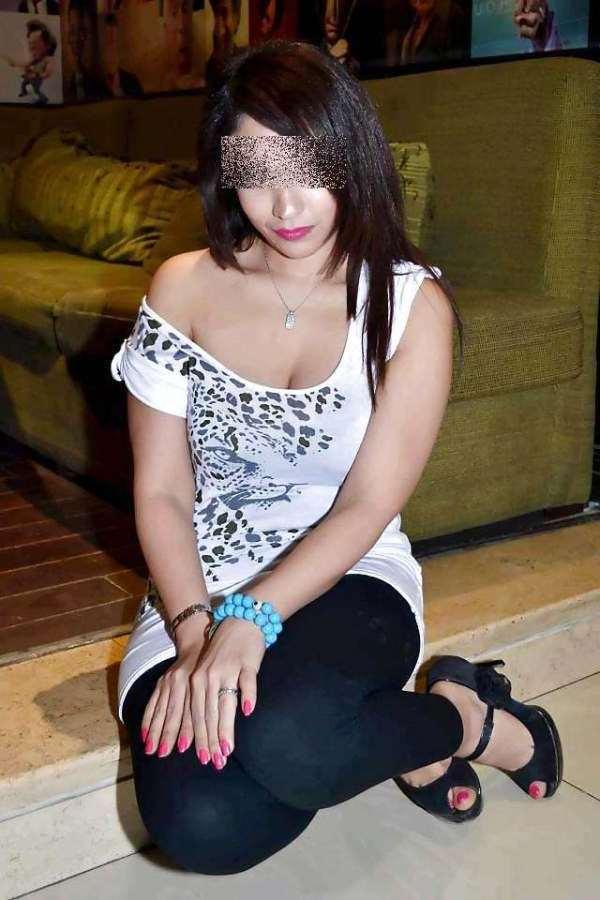 Chafia , 20 ans (Lyon)