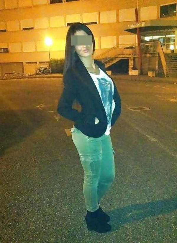 Inès, 19 ans (Paris)