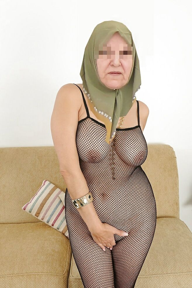 Yasmina, 58 ans (Dijon)